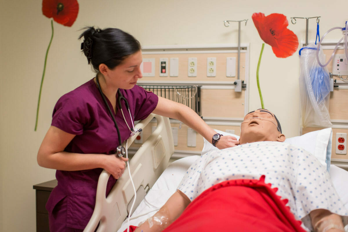Nursing Skills Lab tudents gain hands-on experience
