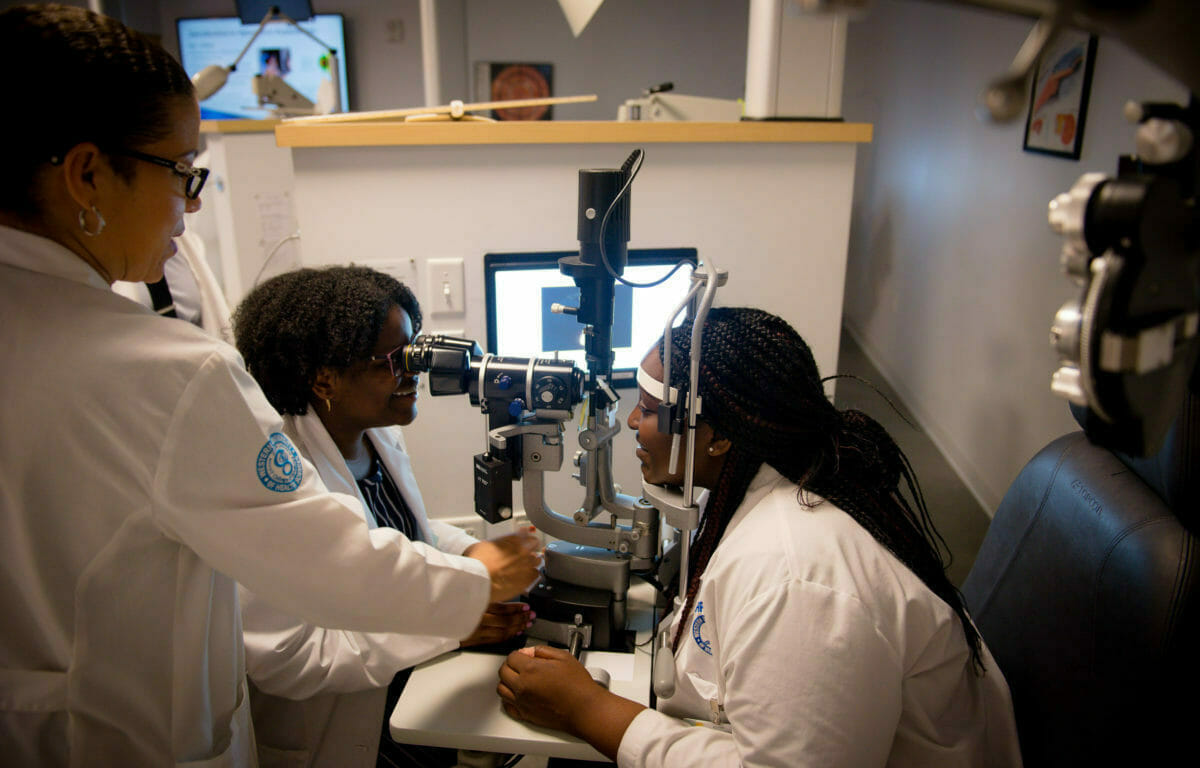 SHPEP students gain hands-on experience at the College of Optometry Clinical Procedures room